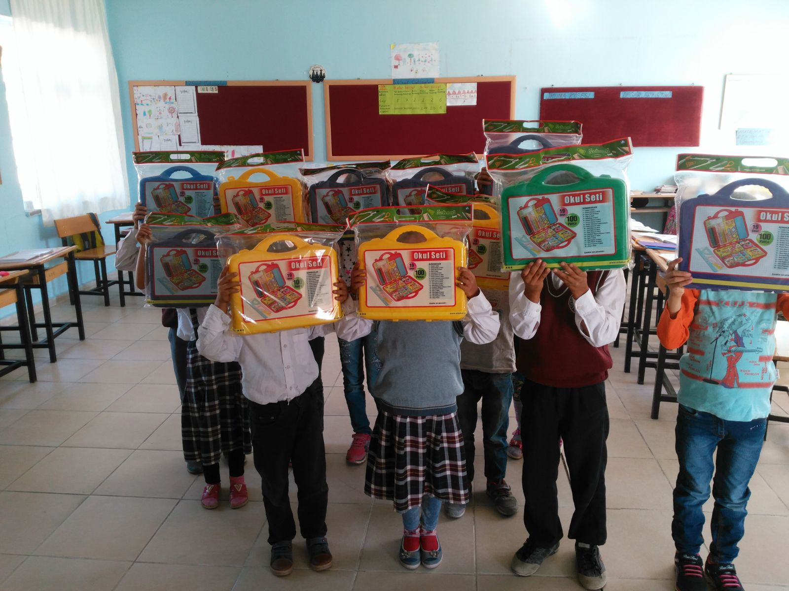 06.10.2017 / Okul Seti Yardımı [Adıyaman-Besni Çilboğaz İlk Okulu]